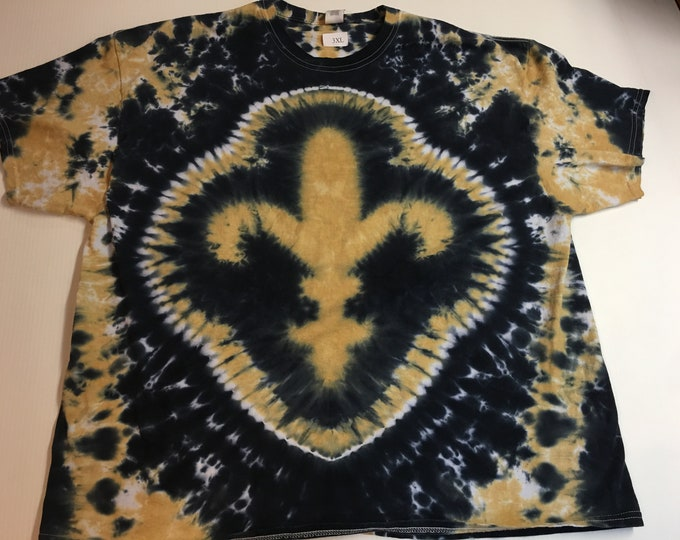 Black and Gold Fleur de Lis Tie Dyed Tee size XXXL