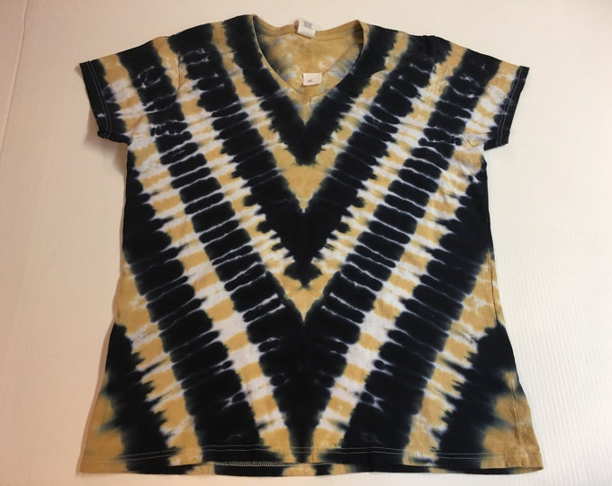 Ladies sized Marbled V Stripe Tie Dye V Neck XL