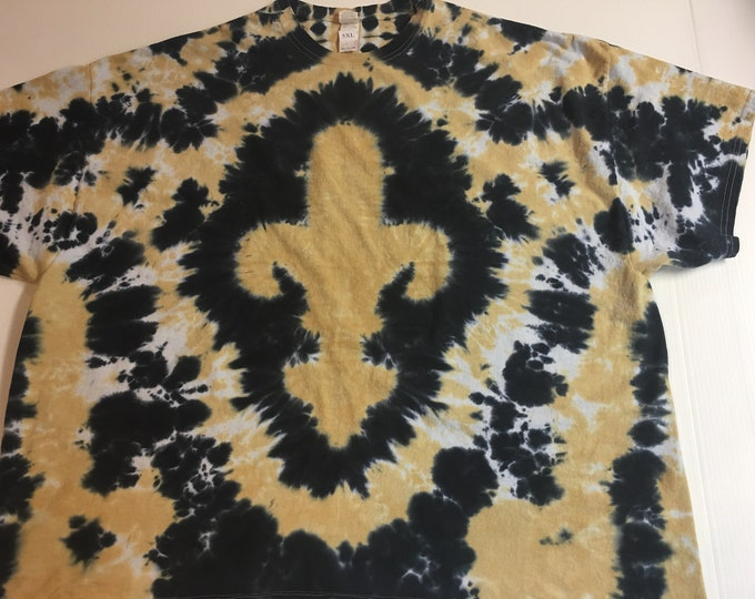 Black and Gold Fleur de Lis Tie Dyed Tee size 5XL