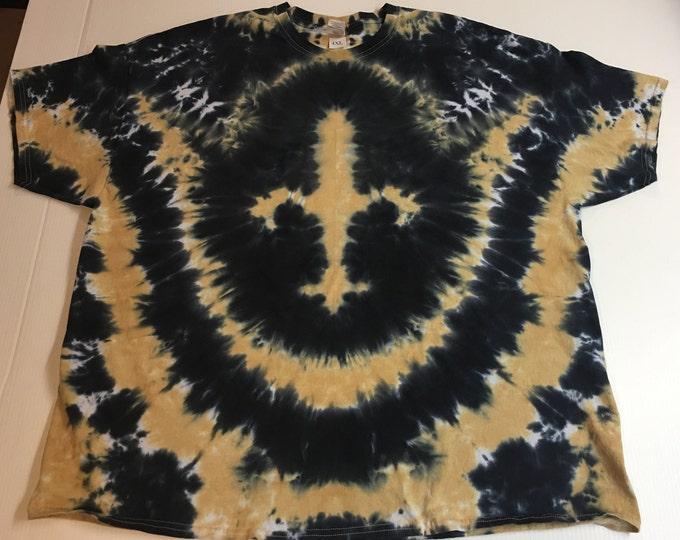 Black and Gold Fleur de Lis Tie Dyed Tee size 4XL.