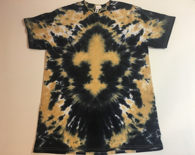 Black and Gold Fleur de Lis Tie Dyed Tee size medium