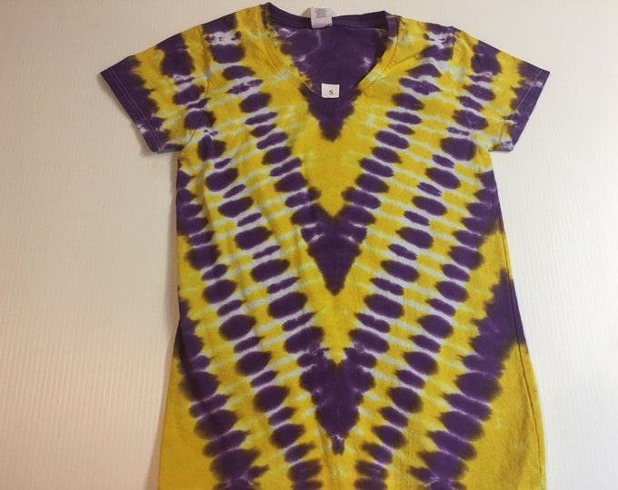 Ladies Purple and Gold Tie Dyed V Neck Tee