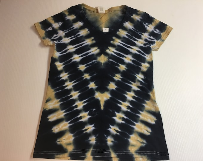 Ladies V-neck Black and Gold Tie Dyed Tee Multiple sizes