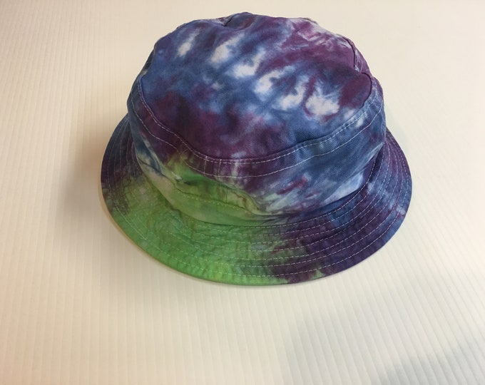Tie Dyed Bucket Hats size small