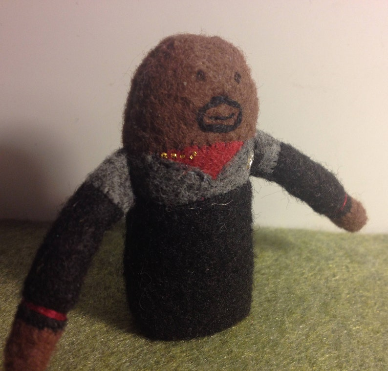 Captain Sisko Finger Puppet