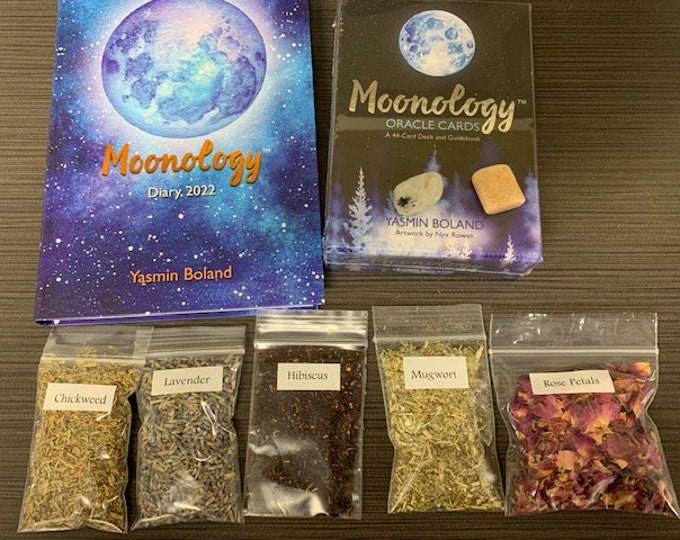 Moonology, 2022, Oracle cards, diary, herbs, Moonstone,