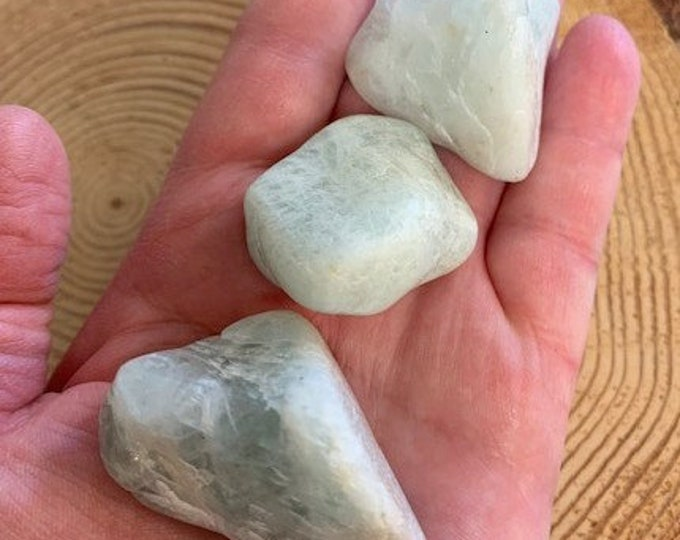 Aquamarine Crystals, Mystics, Healing, Natural, Throat Chakra