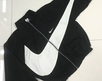 8571203bd16e Vintage 90s Nike Big Swoosh windbreaker..Hip Hop style..Black and White.