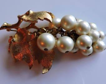 BOUCHER 1950's Faux Pearl Grape Cluster Brooch Pin