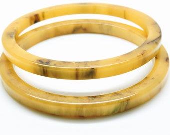Beautiful Vintage Glass Bangle Bracelet Butterscotch Swirl Fashion Jewelry Jewelry & Watches