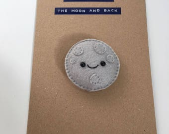 Moon magnet card (I love you to the moon and back). Mother's Day card, birthday card, anniversary card