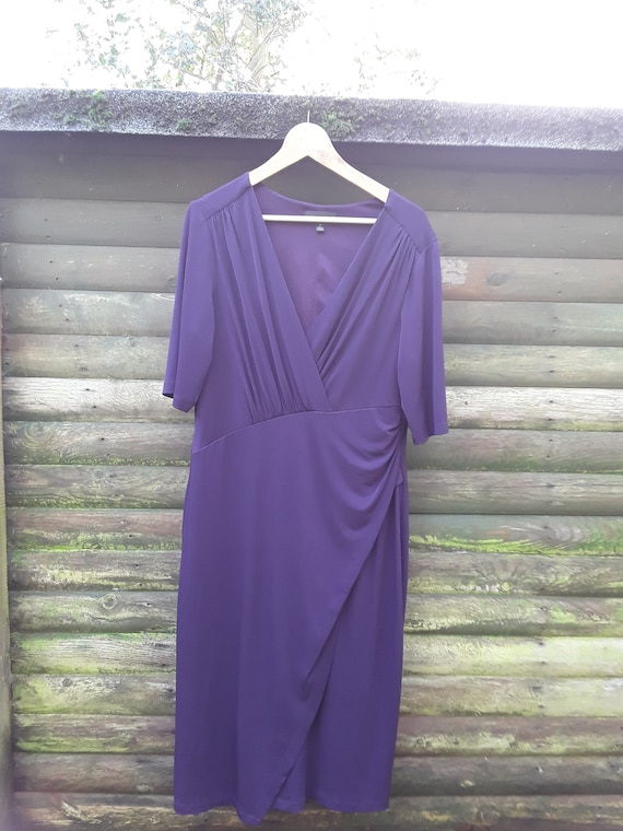 VINTAGE  CONNECTED APPAREL  elegant purple dress