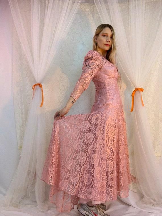 Dusty rose lace puff sleeve dress - image 6