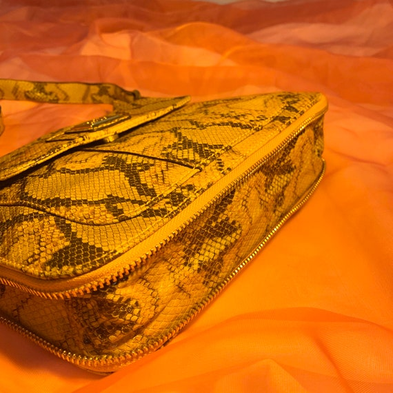 Vinyl snakeskin zipper bag