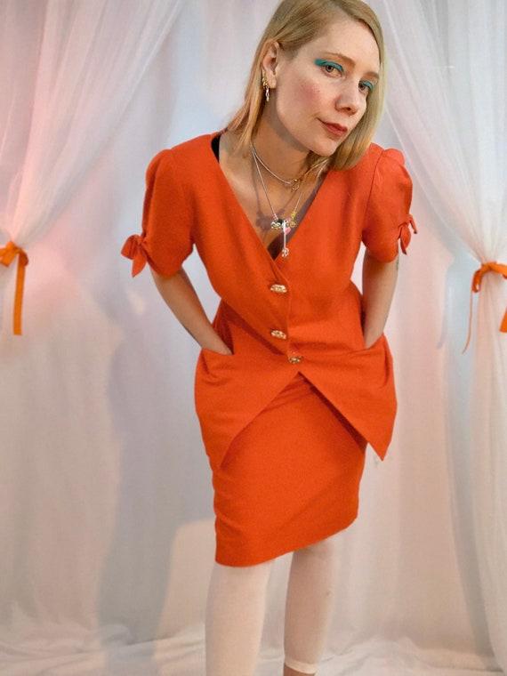 Linen bow sleeve skirt suit
