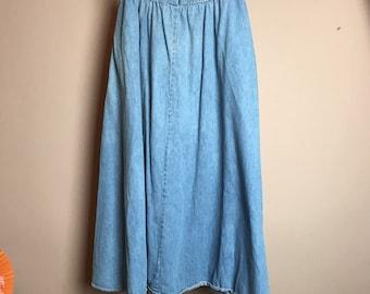 Chambray raw edge paper bag waist. Full maxi skirt M