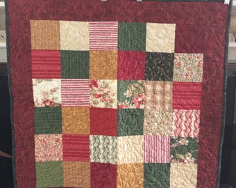 Christmas Tabletopper Quilted