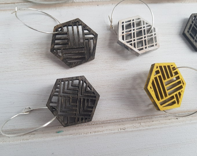 Black- Warm Color Pop Geo Wine Charms -Set of Eight - Fun Wine Charms -Modern Classic Wine Charms- Wood Laser Cut- Geometric Wooden
