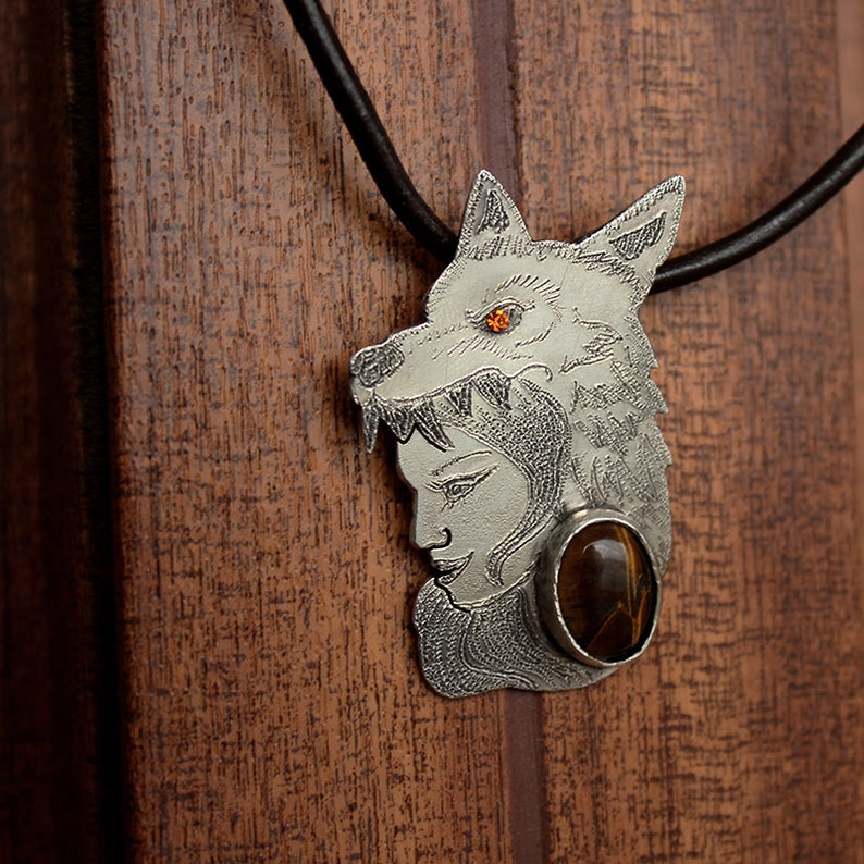Silver Wolf woman necklace Tiger/'s Eye Valkyrie Pendant