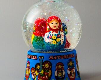 Souvenir. the snow globe. matryoshka. handmade. Khokhloma. Russian gift art