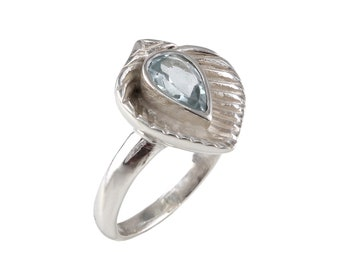 Aquamarine 92.5 sterling silver ring size 7 us