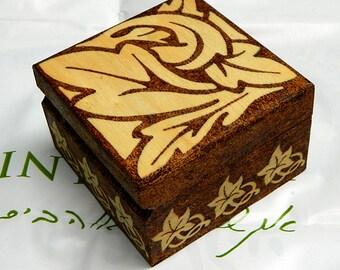 Art Nouveau gift wooden box jewelry box keepsake box wood burned box pyrography box leaves decorative box nature treasure chest