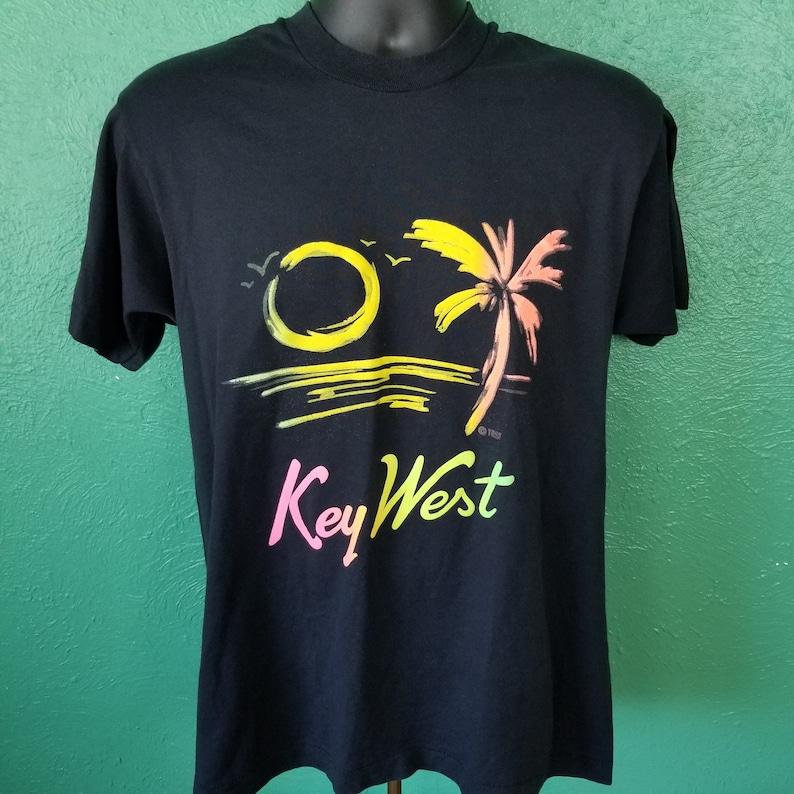 Vintage 80s Neon Key West Palm Tree Sunset Vaporwave Outrun 50/50 Soft T  shirt Size Large