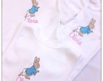 Personalised Peter Rabbit Baby Set, Pesonalised Baby Set, Personalised Baby Vest, Babygrow, Bib, Personalised Baby gift, newborn gift,