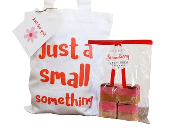 100% Cotton 'SMALL SOMETHING' gift bag with bag of luxury handmade fudge. Various flavour choices