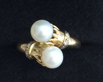 Old ring cultured pearls and diamonds in yellow gold 18 k - Antique Cultured Pearl & Diamonds Gold Ring