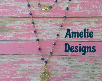 Elegant and delicate necklace made with crystal chains and shiny pendants. Necklace elegant made with crystal chains and shine charms.