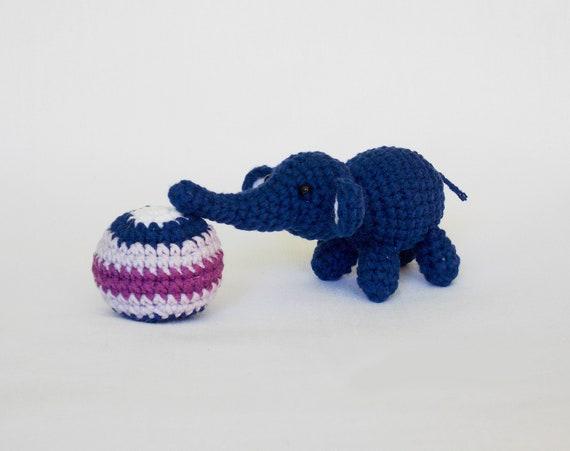 crochet elephant amigurumi - YouTube | 451x570