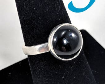 Round 12mm Black Onyx and Sterling Silver Ring - Size 9