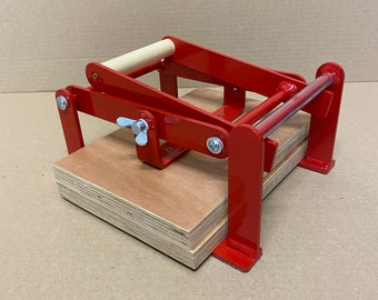 A5-size (junior legal+) hand lino press, lino cut press, heavy duty, steel, powdercoated red ral 3000