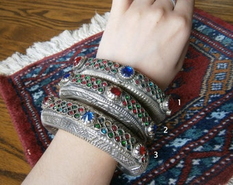One kuchi bangle for tribal belly dance S/M