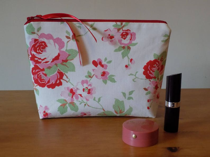 /'Field Rose/' Cath Kidston Fabric Handmade Double Zip Coin Purse// Make up