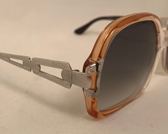 FLAS Vintage 1970's Sunglasses, Flat Bottom with Detailed Temples, New Old Stock