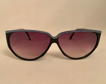 SAMS-BL Oversized Vintage 1980s Sunglasses in Black and Blue, New Old Stock. Samba