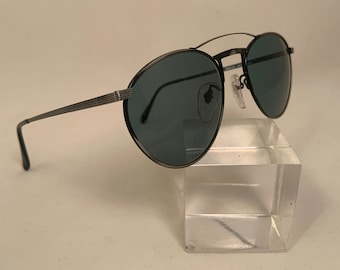 QUIS Round Aviator, Black and Gray Metal Sunglasses, New Old Stock, Quincy