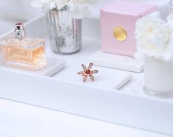 Flower wedding ring - The Adelaide style