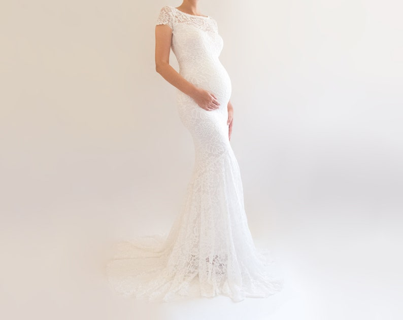Briar Fitted Maternity Wedding Dress White Wedding Gown Lace Maternity Dress Elegant Wedding Dress Formal Bridal Gown Boho Wedding Gown
