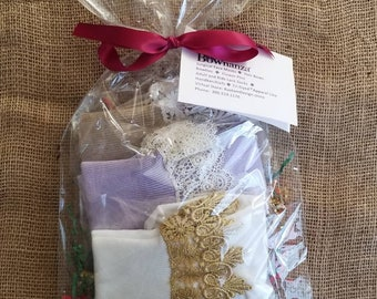 Women | Lace Trimmed | Multi-Pack Sock Gift Set