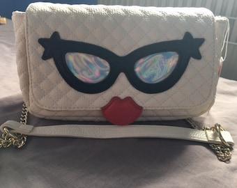 White Leather Quirkly Women Girls Shoulder Chain Handbag Holographic Applique Lips Detail Quirky Unique Statement Bag