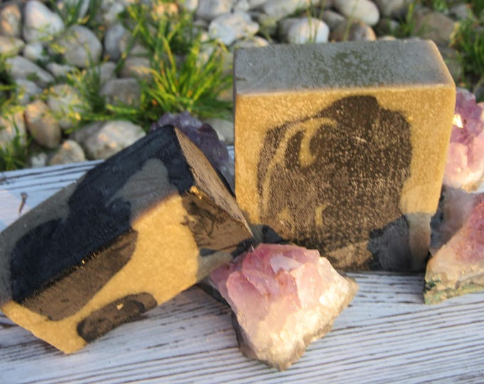 Detox Facial Soap Bar with Bentonite Clay and Activated Charcoal.