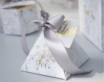 YOURANWISH 50pcs Lot Triangular Pyramid Gift Box Wedding Favors And Gifts Candy For Guests Decoration