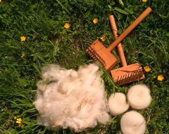 Llanwenog, Welsh endangered breed sheep, 100g washed fleece for spinning. From sheep bred and reared in Wales
