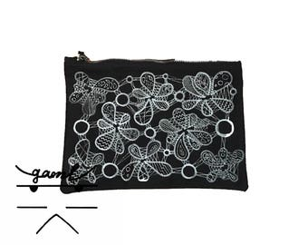 Gamilondon _ Pattern Collection Pouch