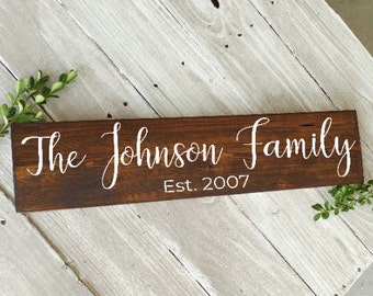 Personalized Last Name Sign, Last Name Sign, Housewarming Gift, Personalized Wood Sign, Family Name Sign, Couple gift, bridal shower gift