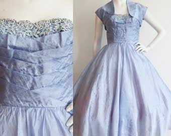 Vintage 1940s | XXS - XS | Icy blue silk organza party dress with matching jacket.