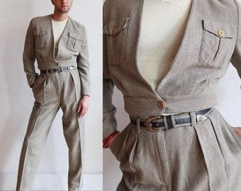 Vintage 80s/90s | 42/8 Medium | Armani silk and wool suit